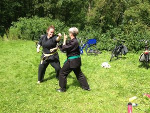 karate in de open lucht